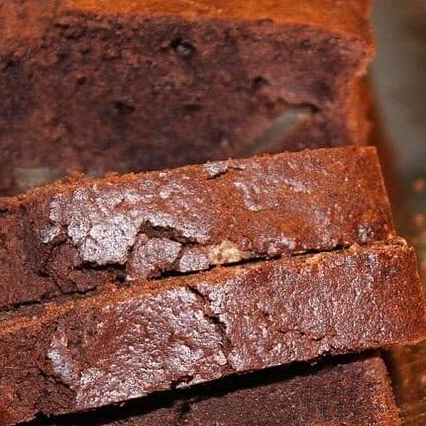 cake au vin rouge, au chocolat, à la poire