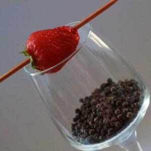 Rhum arrangé fraise et poivre